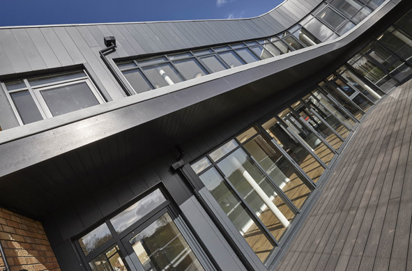 AluK curtain walling solution
